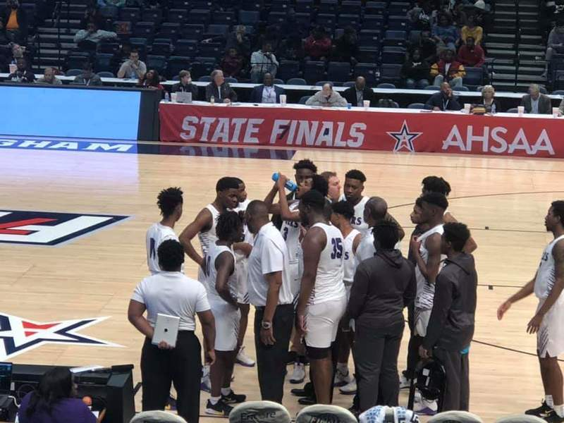Fairfield pulls away from LeFlore in 3rd quarter, earns Class 5A title shot